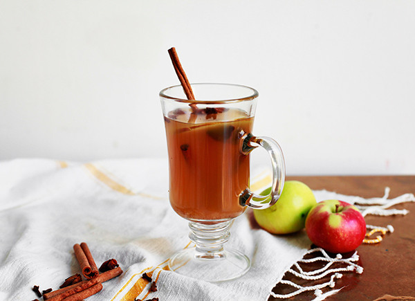 The Easiest Chai-Spiced Mulled Cider