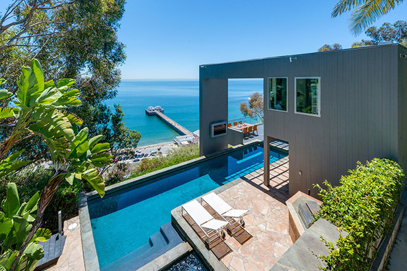 Matthew Perry's Malibu Pier Retreat For Sale