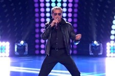 David Hasselhoff Performs an Interesting '80s Medley on 'American Idol'