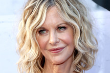 Haircuts For Women Over 50 With Curly Hair