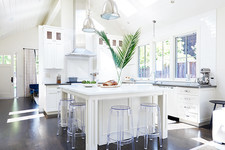 20 Beautiful White Kitchens That'll Take Your Breath Away