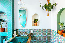 Justina Blakeney's Jungalow Bathroom Reno With Fireclay Tile
